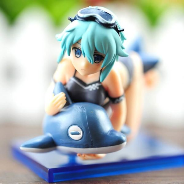 На картинке фигурка Синон на дельфине «Sword Art Online», детали.