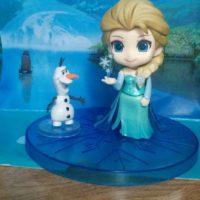 figurka-nendroid-elza-xolodnoe-serdce-frozen-realnoe-foto