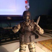 Figurka soldata iz Metal gir Metal Gear Solid, real'noe foto figurki