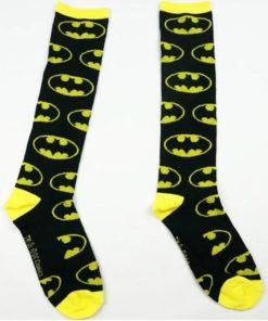 На картинке носки Бэтмена, общий вид.