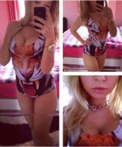 На картинке купальник с тигром, общий вид.