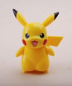 На картинке фигурка «Пикачу» (Покемоны), вид спереди.
