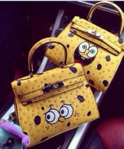 На картинке сумка Спанч Боб (Губка Боб) 2 варианта, вид спереди.